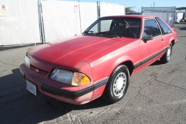 1990 ford mustang lx automatic 4 cylinder no reserve for sale photos technical specifications. Black Bedroom Furniture Sets. Home Design Ideas