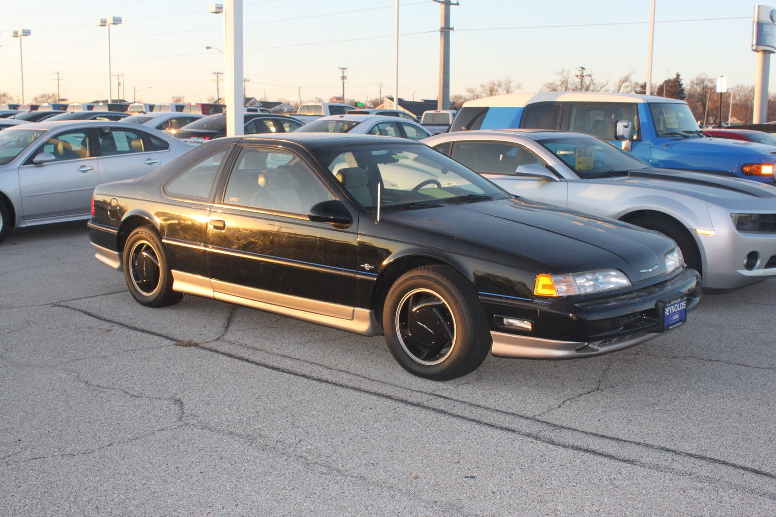19900000 Ford Thunderbird