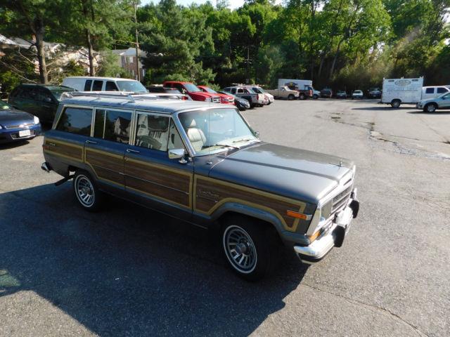 ... 1990 Jeep Grand Cherokee WAGONEER. Prevnext