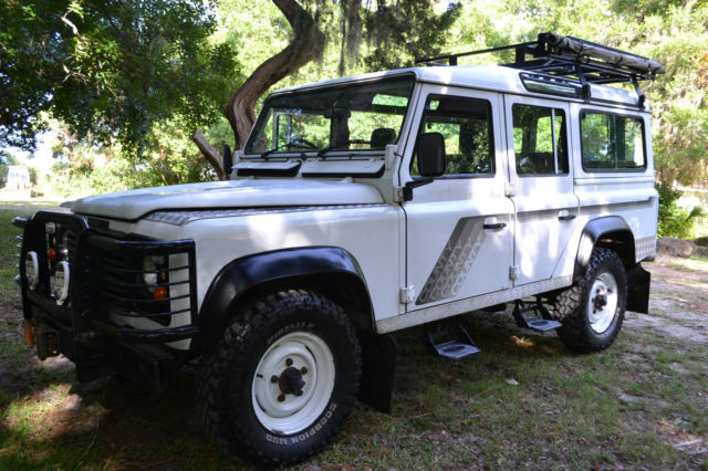 1990 Land Rover Defender County