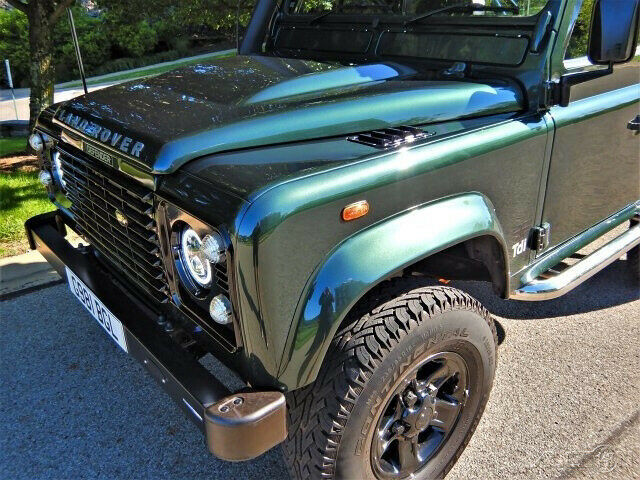 1990 Green Land Rover Defender defender 4wd Pickup Truck with Other Color interior