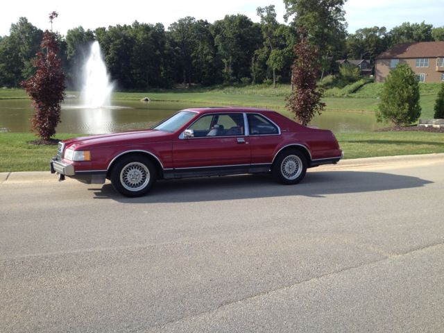 1990 Lincoln Other TWO DOOR