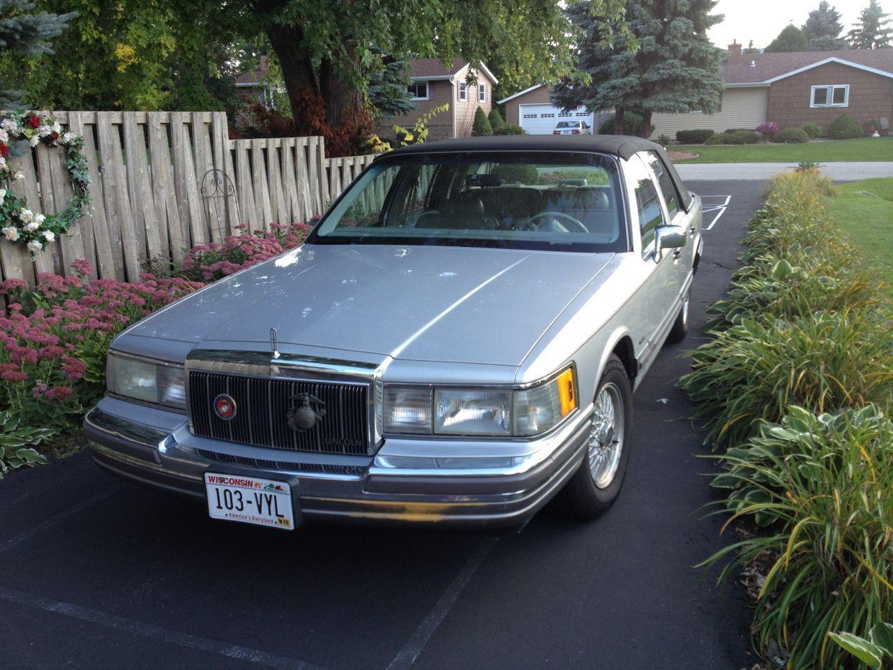 1990 Lincoln Town Car Cartier Sedan 4 Door 5 0l For Sale Photos