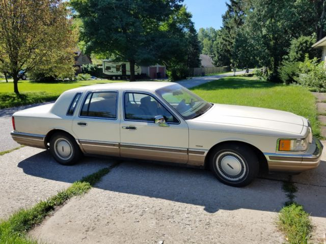 1990 Lincoln Towncar Signature Edition For Sale Photos Technical