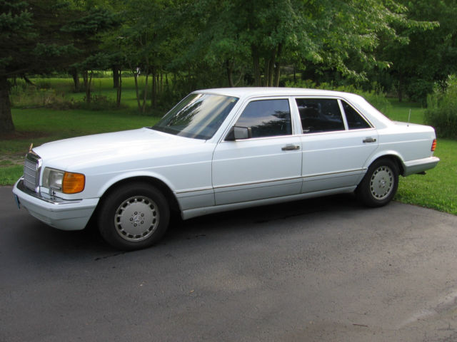 1990 Mercedes-Benz 400-Series 420 SEL
