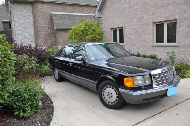 1990 Mercedes-Benz 560 SEL Black with Black Leather Interior for