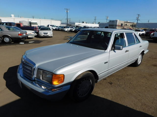 1990 Mercedes-Benz 500-Series 4dr Sedan 56