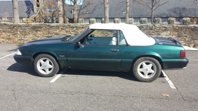 19900000 Ford Mustang lx