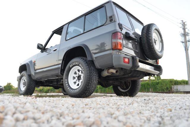 1990 Nissan Patrol 4x4 GR Y60 not land rover defender toyota