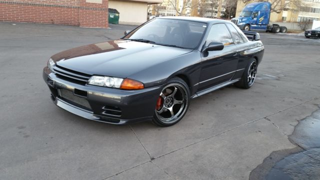 1990 nissan skyline gt r r32 1989 1991 1992 godzilla gtr for sale photos technical. Black Bedroom Furniture Sets. Home Design Ideas