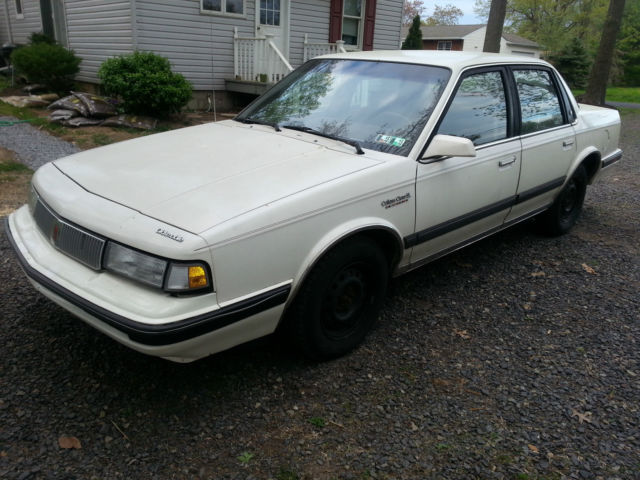 19900000 Oldsmobile Cutlass