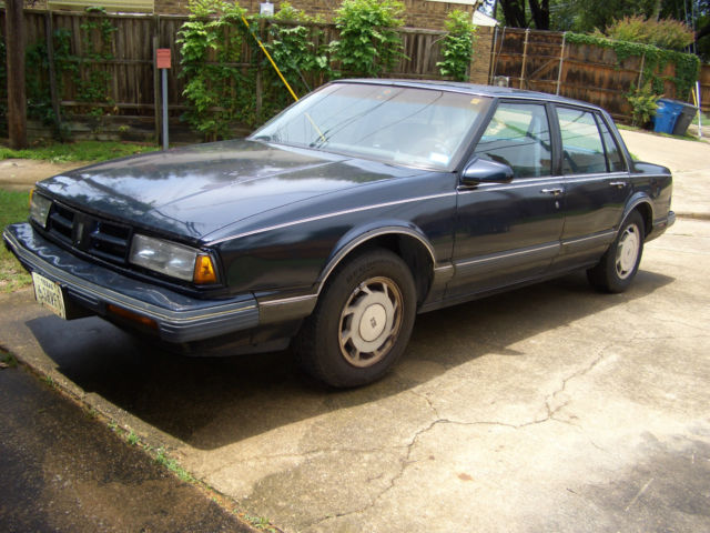 1990 Oldsmobile Royale Delta 88