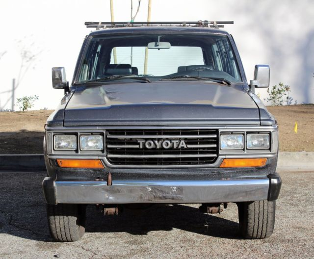 1990 Toyota Land Cruiser FJ62, 4X4, Cold A/C, Runs A+