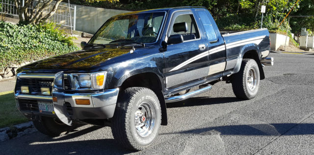 1990 Toyota TACOMA EXTENDED CAB EXTENDED BED DELUXE 4WD DELUX