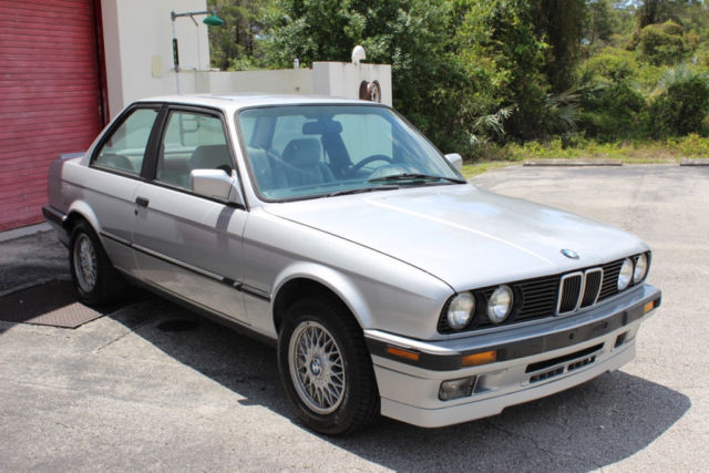 1991 BMW 3-Series 318iS E30 Coupe 5-speed 4.44 LSD