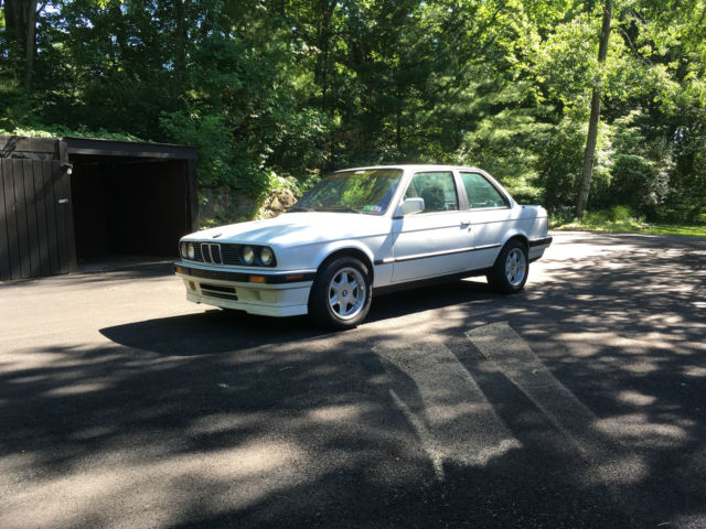 1991 BMW 3-Series IS