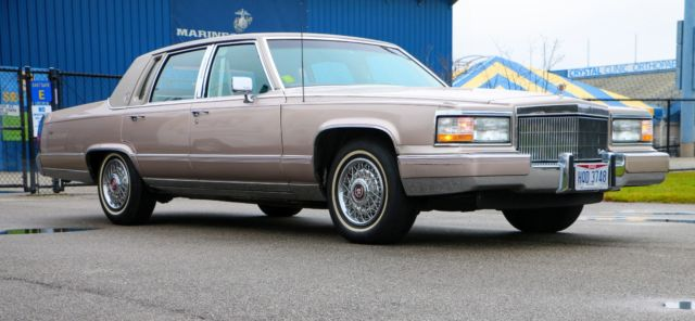 1991 Cadillac Brougham Sedan 4-Door