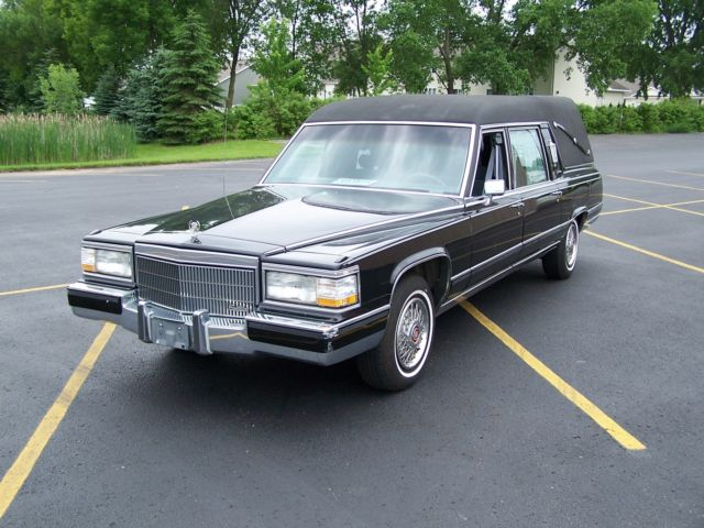 1991 Cadillac Brougham Fleetwood Brougham S & S Victoria conversion