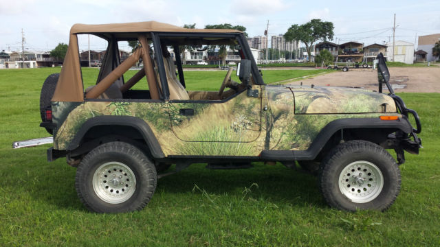 1991 Camouflage Jeep Wrangler Excellent Condition 4wd