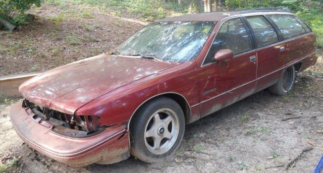 1991 Chevrolet Caprice Classic Wagon 4-Door 5 0L Parts Car