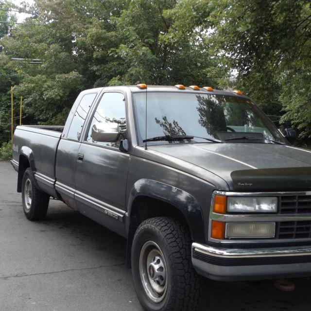 1991 Chevrolet K2500 Silverado Extended Cab Pickup 2-Door