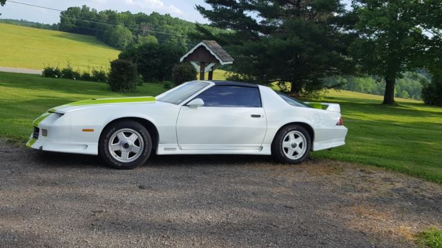 1991 Chevrolet Camaro RS Coupe