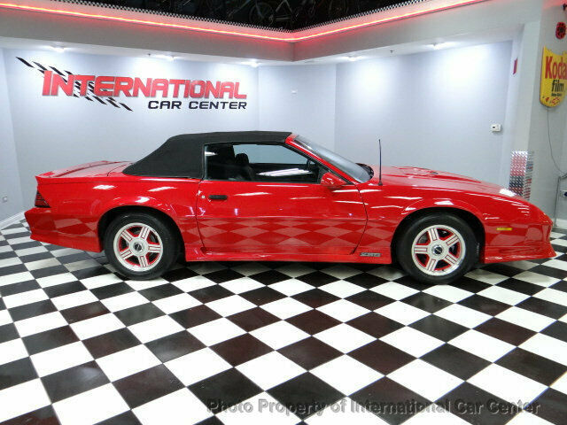 1991 Red Chevrolet Camaro 2dr Convertible Z28 Convertible with Black interior