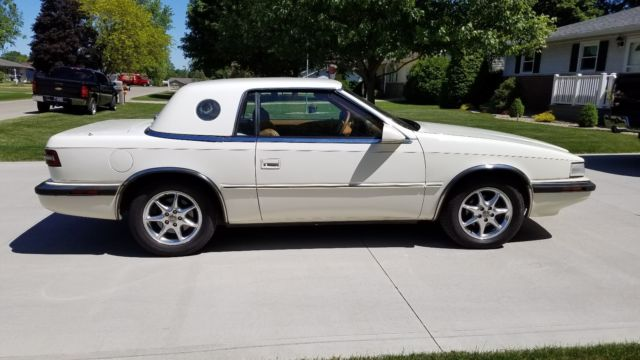 1991 Chrysler TC by Maserati 2 Seat Roadster w/Removable HT