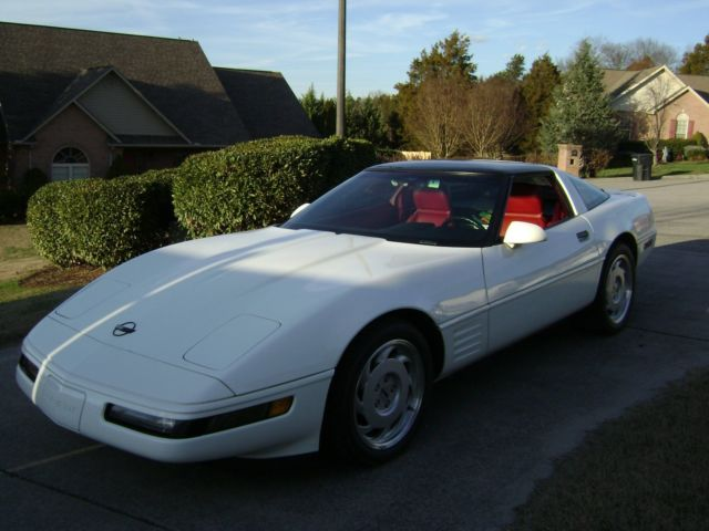 1991 Chevrolet Corvette 2dr Coupe