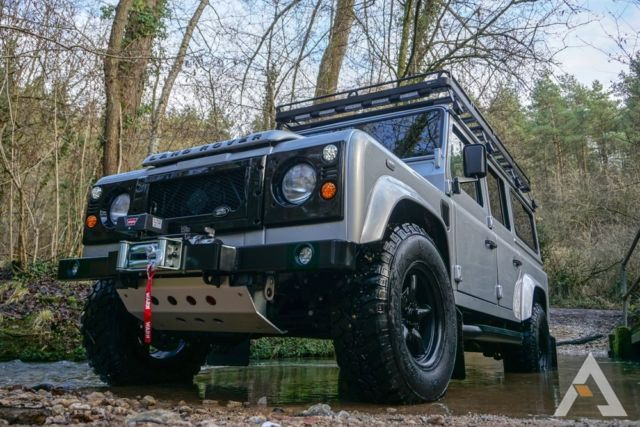 1980 Land Rover Defender 110 STATION WAGON LHD