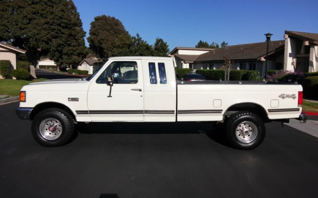 ford   xlt lariat  extended cab rust