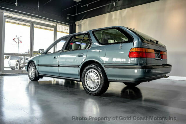 1991 Teal Honda Accord 5dr Wagon EX Automatic Wagon with Tan interior