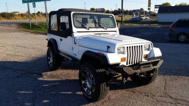 1991 Jeep Wrangler S SUV 2-Door Manual 5-Speed I4 2.5L