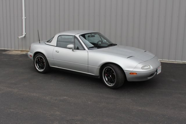1991 Mazda MX-5 Miata Base Convertable 2-Door