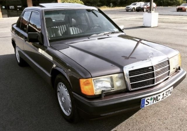 1991 Mercedes Benz 190e 2 6l Grey Near Mint Runs Great For Sale