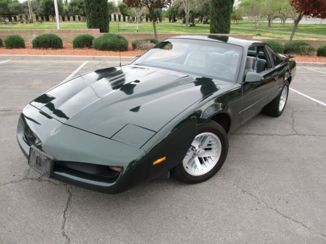 1991 PONTIAC FIREBIRD FORMULA 350 LOW MILES RUST FREE NEVER