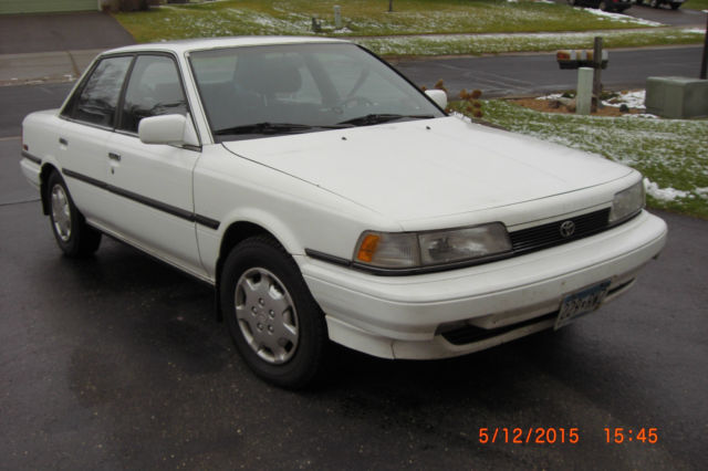1991 Toyota Camry Le All Trac Sedan 4