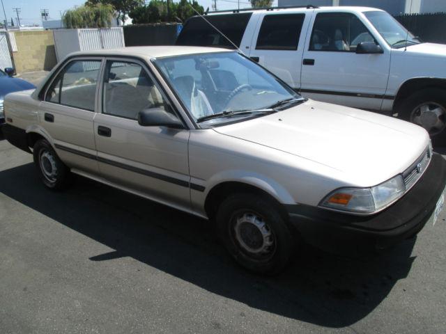 1991 Toyota Corolla Base Sedan 4