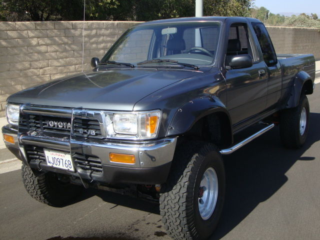 1991 Toyota Pickup 4x4 Short Bed Ext Cab Garage Yard Barn