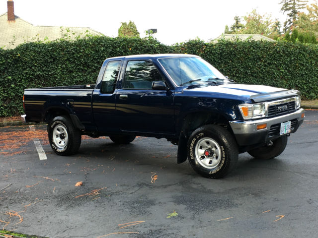 1991 toyota pickup 4x4 sr5 extra cab 22re 4 39 cyl efi 250k miles like new cond for sale photos. Black Bedroom Furniture Sets. Home Design Ideas