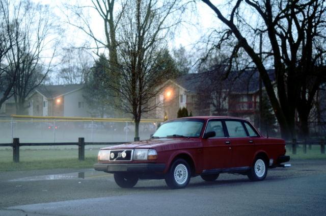 1991 Volvo 240 Sedan 244 With 5 Sd M47 Manual Stick Shift