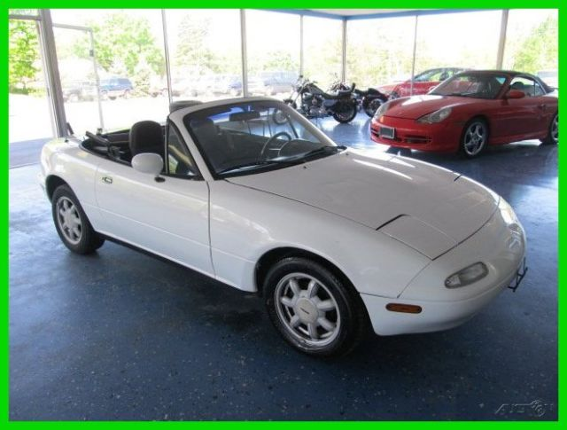 1991 Mazda MX-5 Miata Vehicle Trim