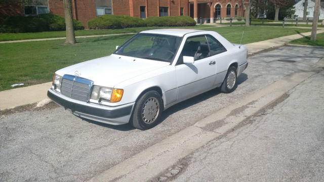 1992 Mercedes-Benz 300-Series : Rare CE W124 :