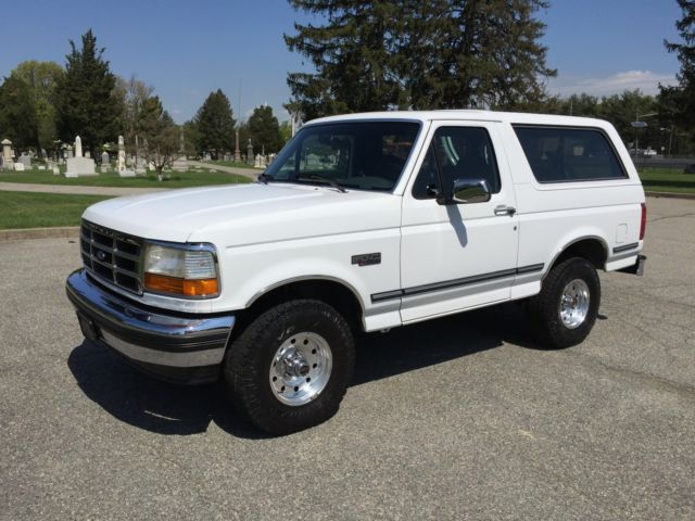 1992 Ford Bronco **100% ORIGINAL**MUSEUM QUALITY**