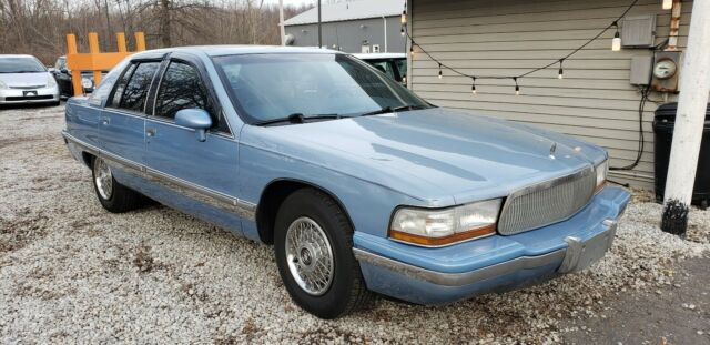 1992 buick roadmaster limited 5 7 no reserve for sale photos technical specifications description topclassiccarsforsale com