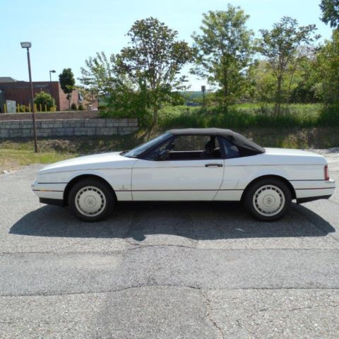 1992 cadillac allante 10755 miles 2 door coupe convertible sports car for sale photos. Black Bedroom Furniture Sets. Home Design Ideas