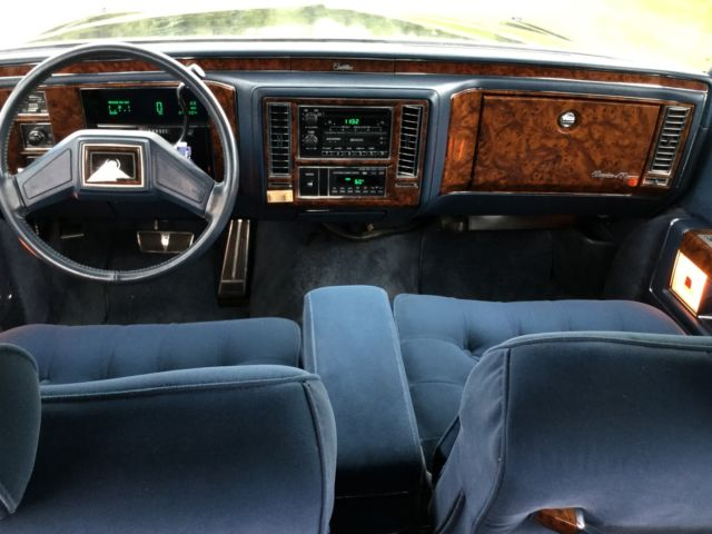 1992 cadillac brougham d 39 elegance low miles must sell motivated seller for sale photos. Black Bedroom Furniture Sets. Home Design Ideas
