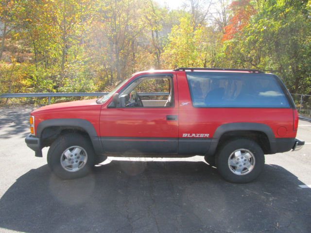1992 chevrolet blazer 2 door full size 4wd no reserve for sale photos technical specifications. Black Bedroom Furniture Sets. Home Design Ideas