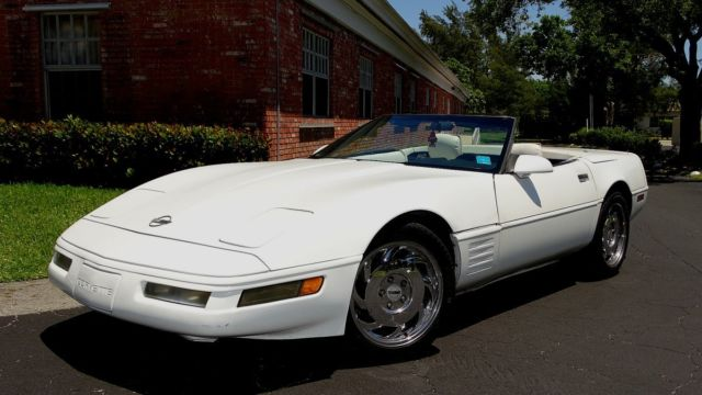 1992 Chevrolet Corvette TRIPLE WHITE CORVETTE CONVERTIBLE