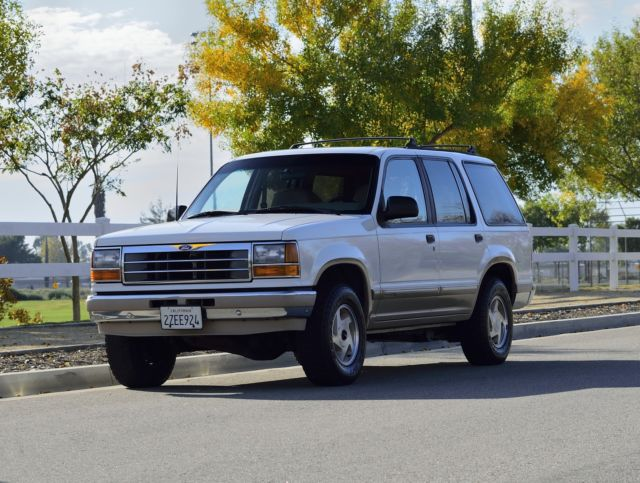 1992 Ford Explorer Eddie Bauer XLT 4x4-Low Miles-1 Owner-NO RESERVE